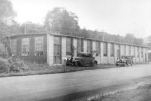 The current factory in 1930